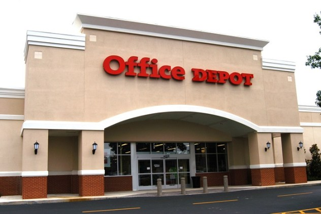 Office supply giant now testing same-day delivery