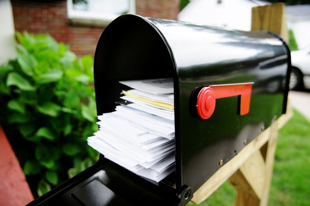 Don't leave your outgoing bills in your mailbox