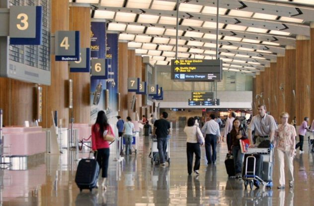 A new airport scam just in time for the holidays