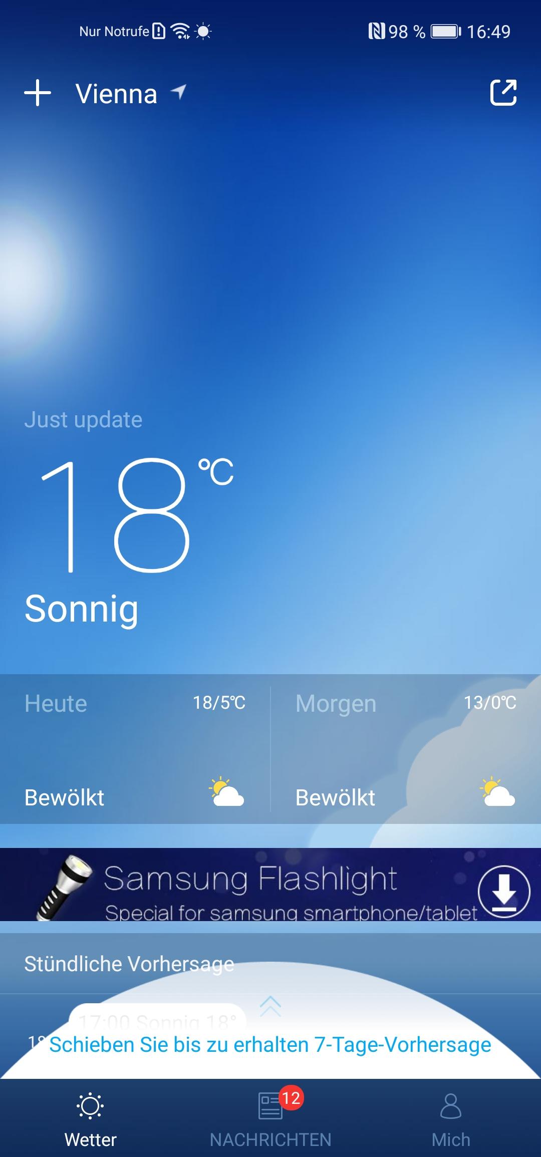 Die vorinstallierte Wetter-App - leider nur in der Free-Version mit Werbung