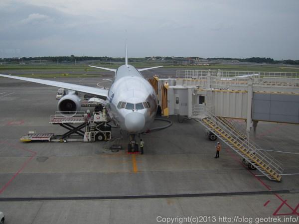 130824成田空港B777-200