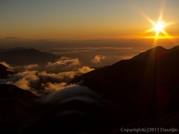 110924剣御前小舎からの夕日