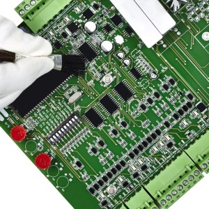 How to Properly Clean Printed Circuit Boards