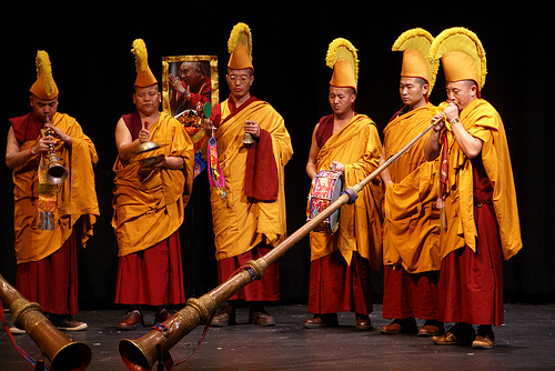Monks perform in USA