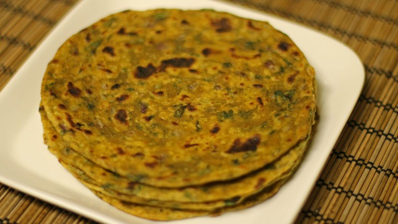 Healthy Tips and Recipes - Palak Paratha