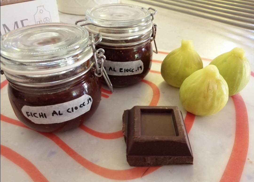 Marmellata di fichi e cioccolato fondente