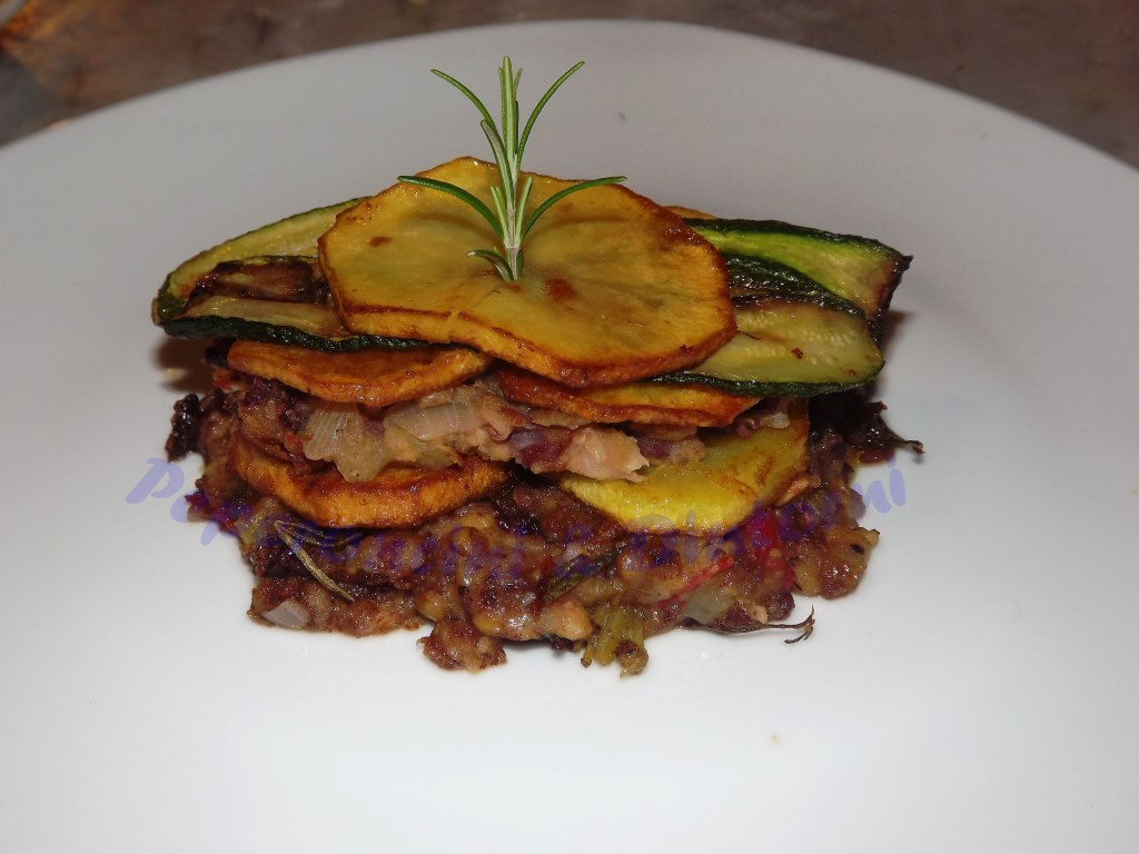 Millefoglie di hamburger e patate (vegano)