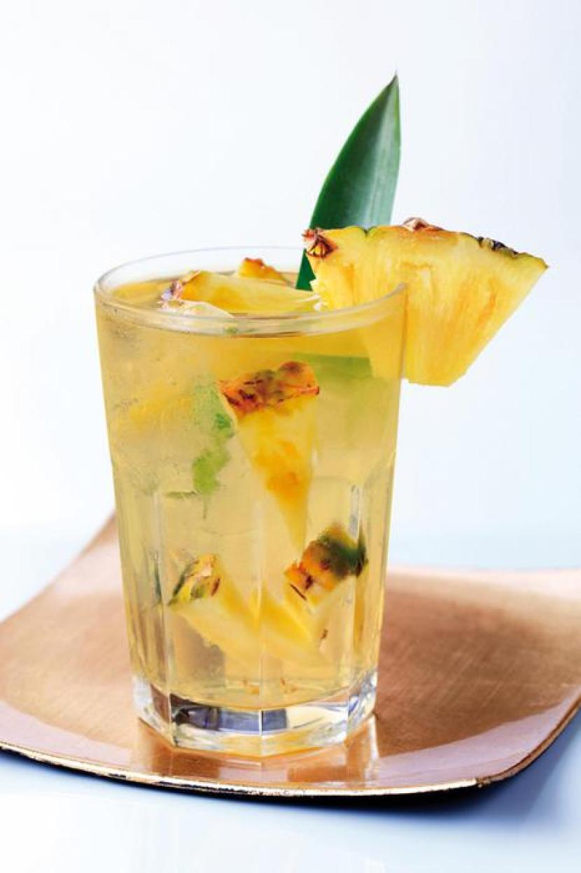 Alle Seychelles ora si beve Ananas Spritz,apre Prosecco Bar