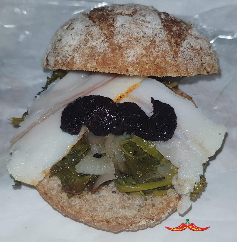 Panino Friarielli, lardo di nero dei nebrodi e olive nere al Forno