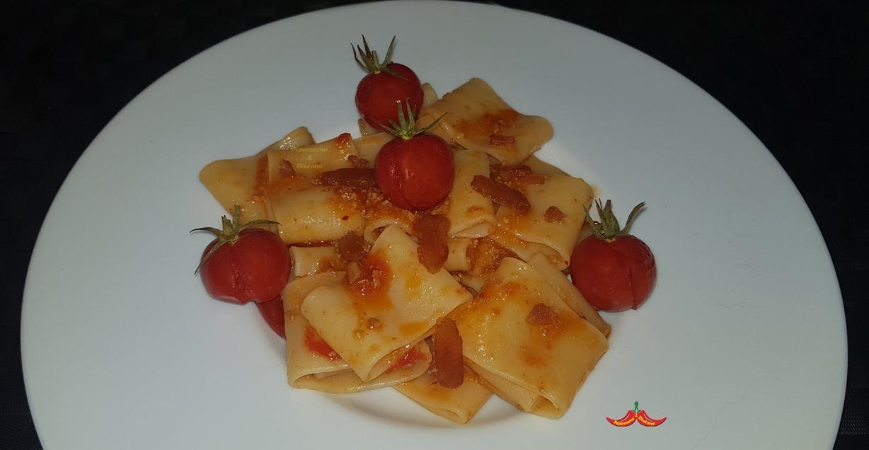 Calamarata alla Bottarga di Sgombro, pomodorini al forno