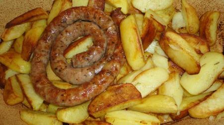 Salsiccia con patate al microonde
