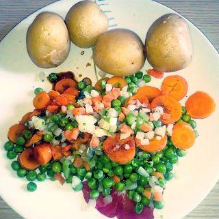 Patate e merluzzo in salsa di soia (preparazione)