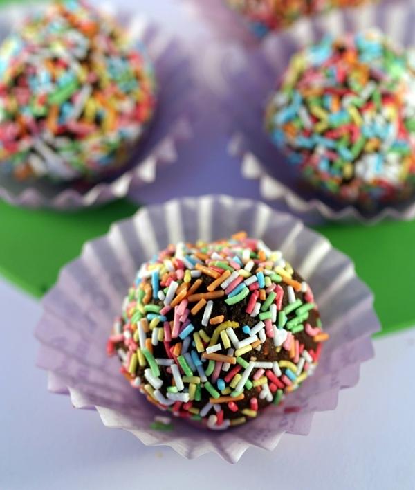 Praline al cioccolato facili e veloci semplicemente dolci for Ricette dolci facili e veloci