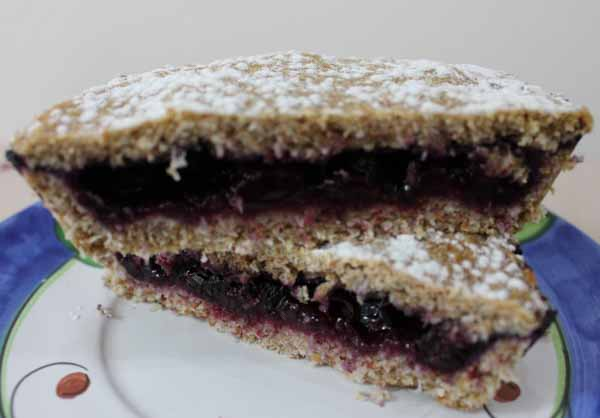 Crostatine vegane ai mirtilliOriginally Posted on 4 July 2015 and reposted on 9 October 2020