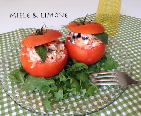 Pomodori ripieni di fiocchi di latte – ricetta estiva