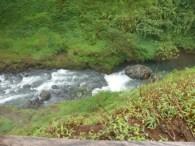 Abfluss im schmalen Tal