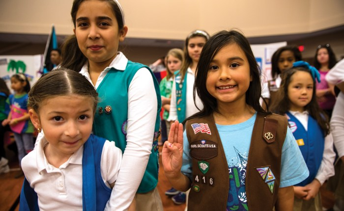 Support Girl Scouts on #GivingTuesday