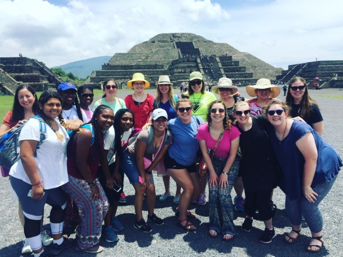 Girl Scouts in Mexico