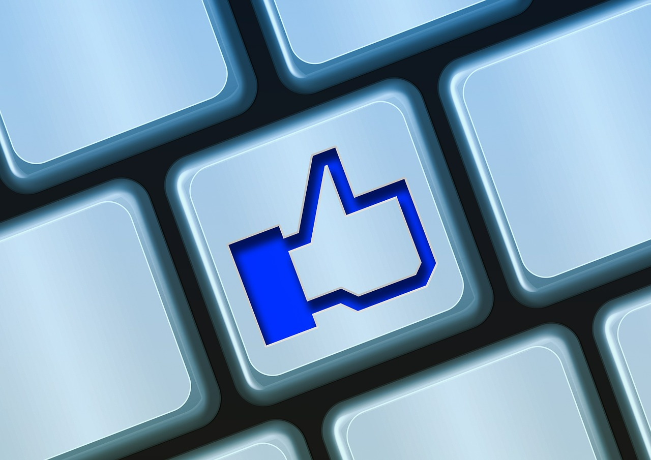 Facebook for nonprofits: 10 tips for fundraising success