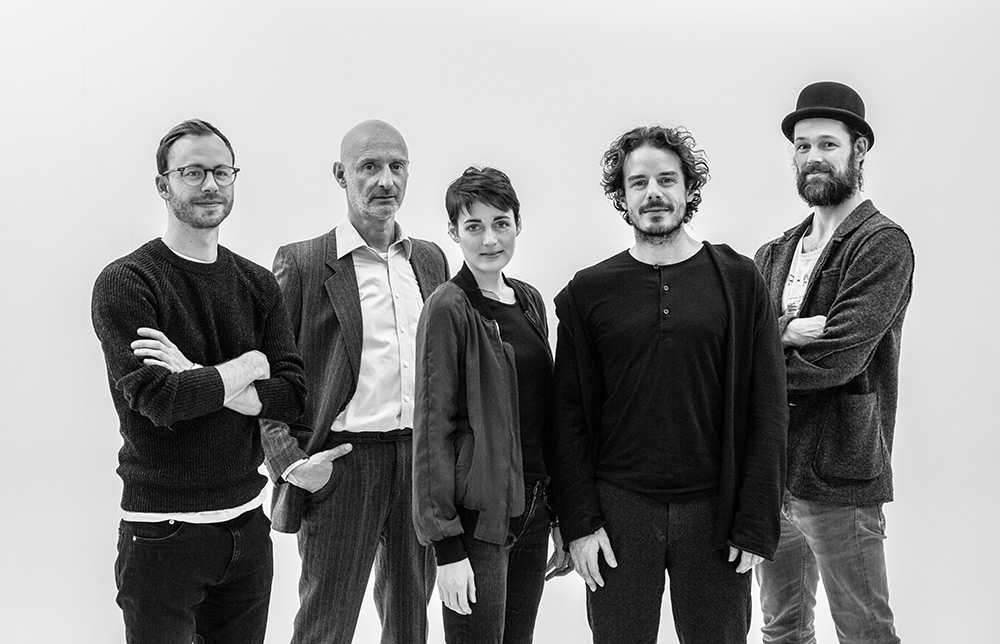The team behind THE DARK ROOMS (left to right: Tobias Rechsteiner, Jürgen Schwämmle, Clara Cremer, Sven Sauer, Jerry Kowalsky)