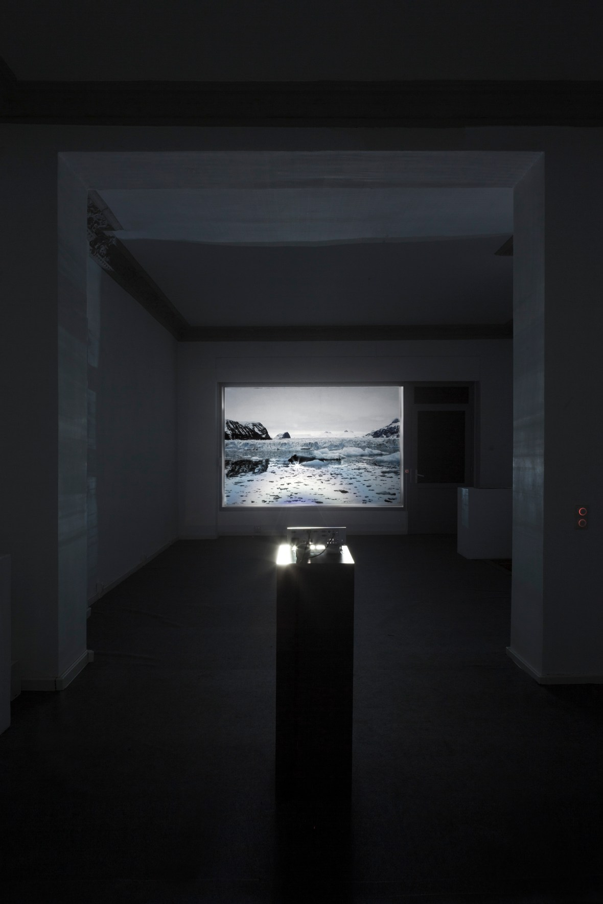Emilija Škarnulytė No Place Rising, 2017 12 min, HD video Installation views from MANIFOLD, solo exhibition at Decad, Berlin Courtesy the artist and Decad Photography by Julija Goyd © 2017