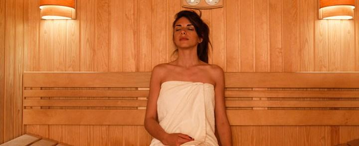 Qual é a melhor temperatura para um banho de sauna a vapor e sauna seca?