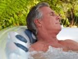 Os benefícios da hidroterapia para o sono