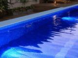 Qual é a melhor iluminação para piscina?