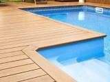 por-que-e-importante-trocar-vinil-da-piscina