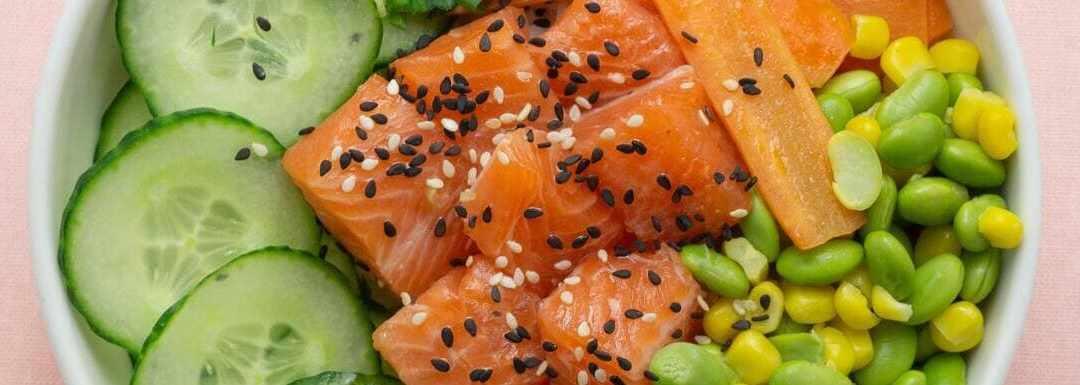 Poke a domicilio: ecco la nuova tendenza in cucina che arriva dalle paradisiache isole Hawaii
