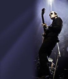 Joe Bonamassa show advertisement background
