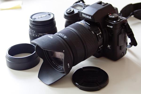 Sigma SD10 mit 2 Objektiven