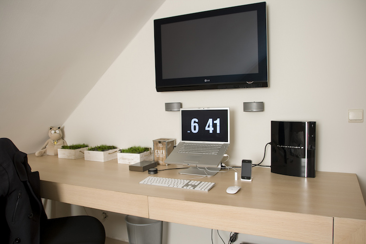 clean-out-your-workspace-to-improve-productivity