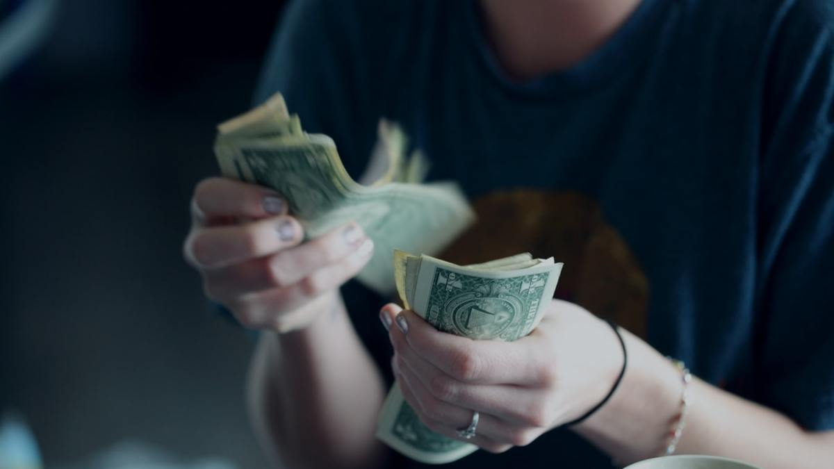 Ahorra dinero cada día con 6 sencillos trucos
