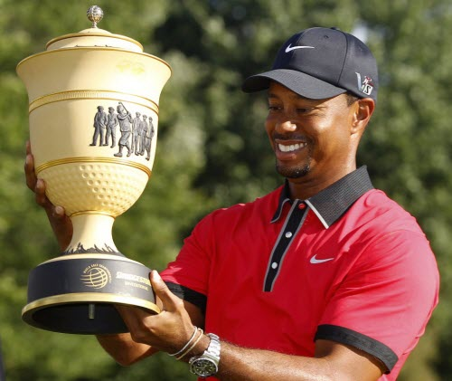 Tiger Woods Wins 2013 WGC-Bridgestone Invitational