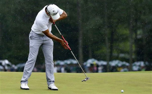 Adam Scott using a Long Putter at the 2013 Masters, image: telegraph.co.uk