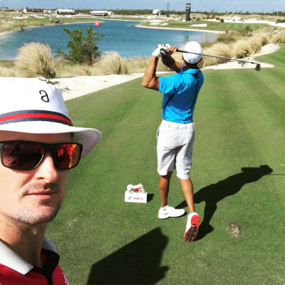 Justin Rose Tweeting About Playing with Tiger Woods, image: twitter.com