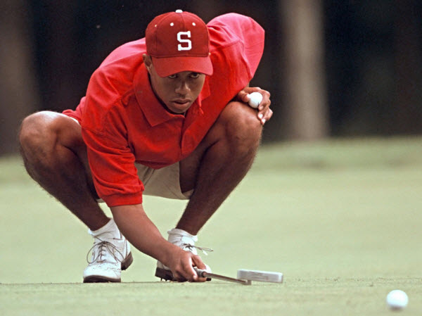 Tiger Woods Eyes a Putt While at Stanford, image: golfweek.com