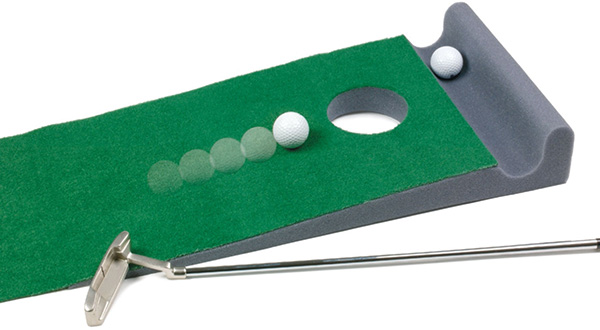 World of Golf Golfers Putting Mat with Bumper
