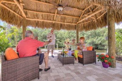 Gold Canyon RV and Golf Resort - people enjoying drinks on the patio