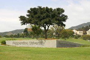 Pepperdine_University_Malibu_Canyon_Entrance_Gate-701x467
