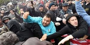 Anti-Trump-protesters-TW