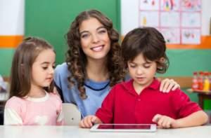 preschool-teacher-children-kinder.Tyler_Olson.shutterstock-560x367