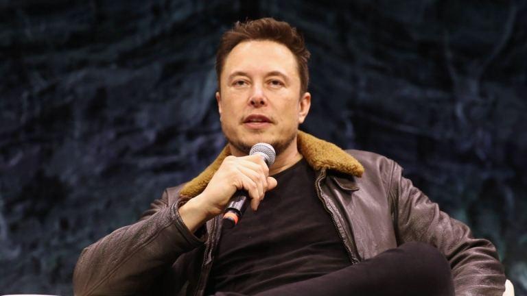 Elon Musk: BDRs da Tesla dispararam 997% em 2020