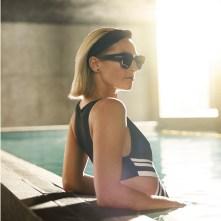 vrouw met zonnebril 2018
