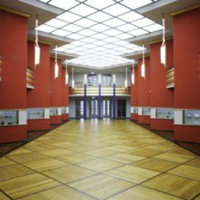 historische Pfeilerhalle des Grassimuseums für Angewandte Kunst Leipzig