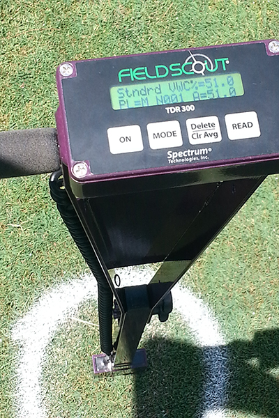 A soil monitor meter