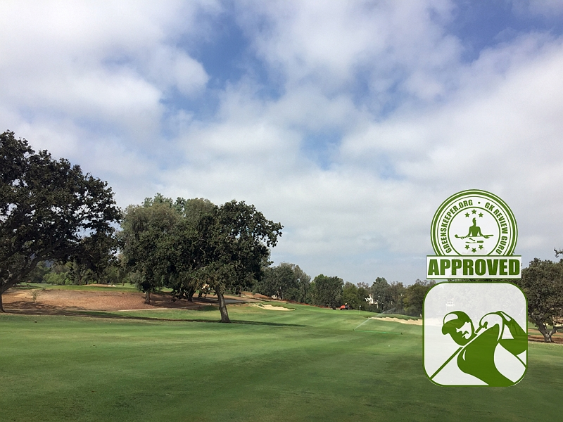 Los Robles Greens Golf Course - Hole 12 approach