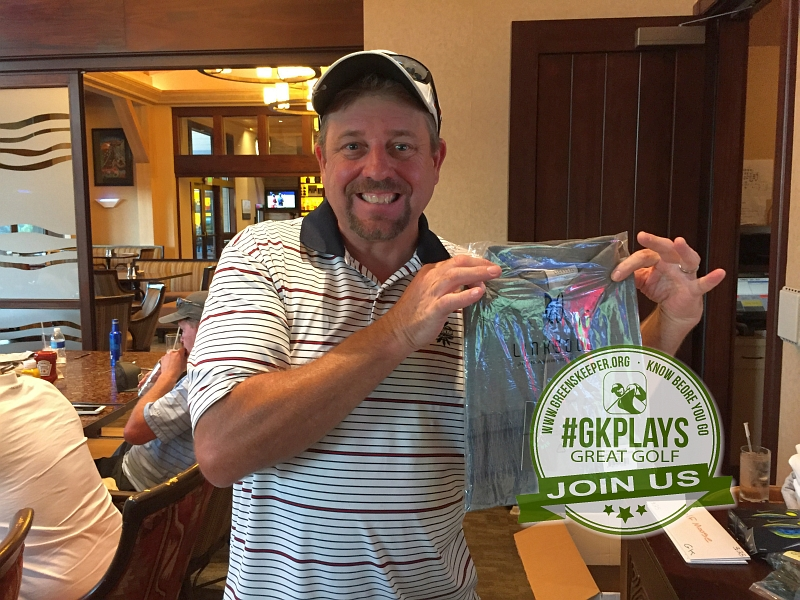 Yocha Dehe Golf Club Brooks CA Winner shows off his LINKSOUL SWAG