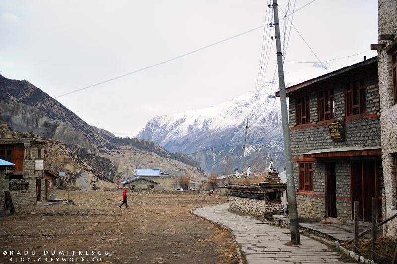 Peisaj din Manang, Nepal.